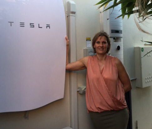 TESLA INSTALL – A Thornlands Family Goes Solar in a Big Way!