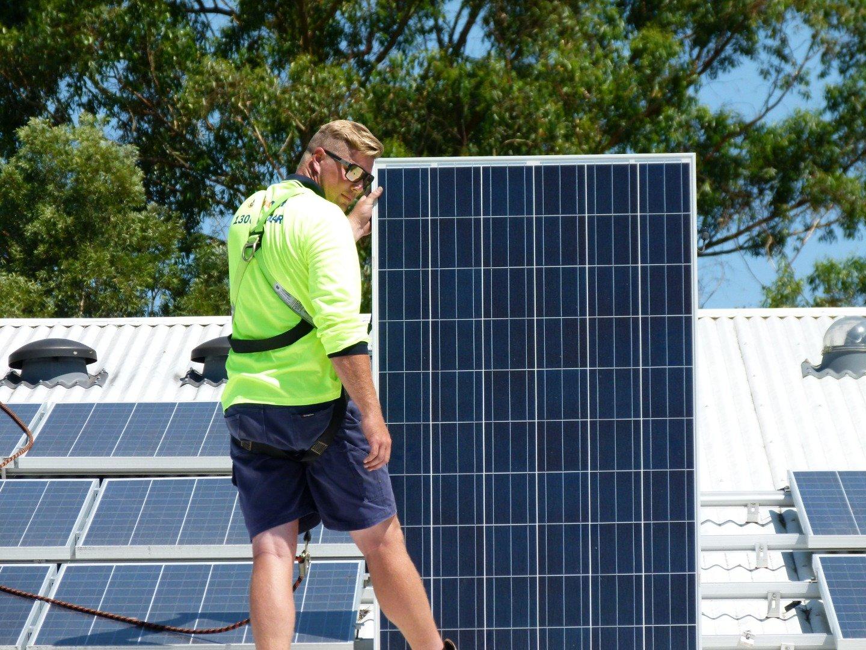 solar servicing - solar power brisbane south east